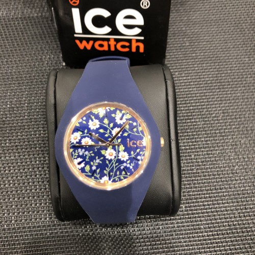 Ice Watch – Ice Flower Legend Blanche Modèle 001436 – Tentation-OR dfb12dadc3b6